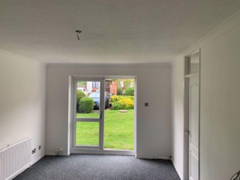2 bedroom ground floor flat flat Let in Sutton - Photo 6.