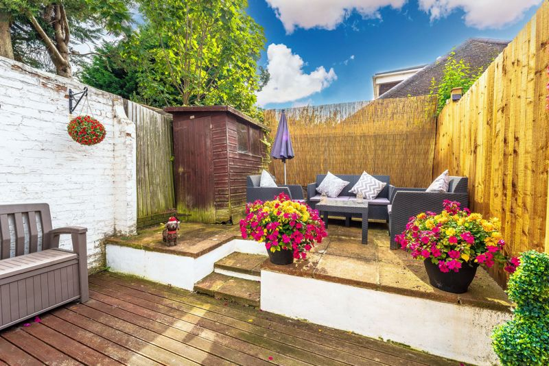 2 bedroom terraced house For Sale in Sutton - Photo 12.