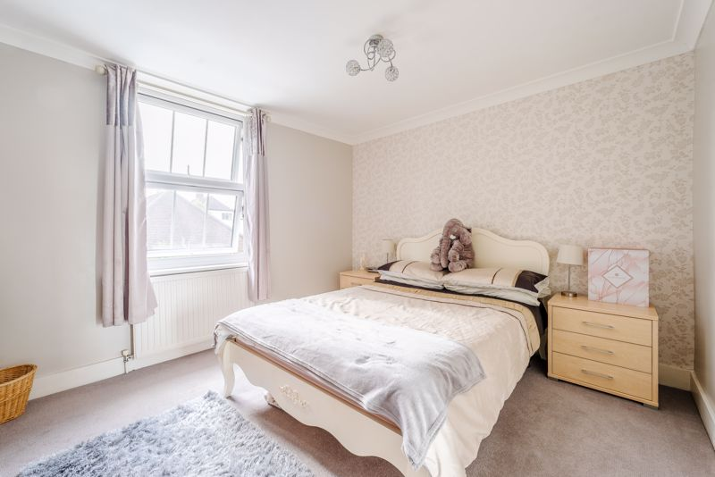 2 bedroom terraced house For Sale in Sutton - Photo 15.