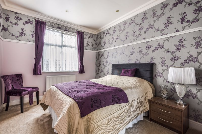 4 bedroom semi detached house SSTC in Sutton - Photo 10.