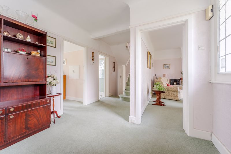 4 bedroom detached house Under Offer in Sutton - Photo 1.