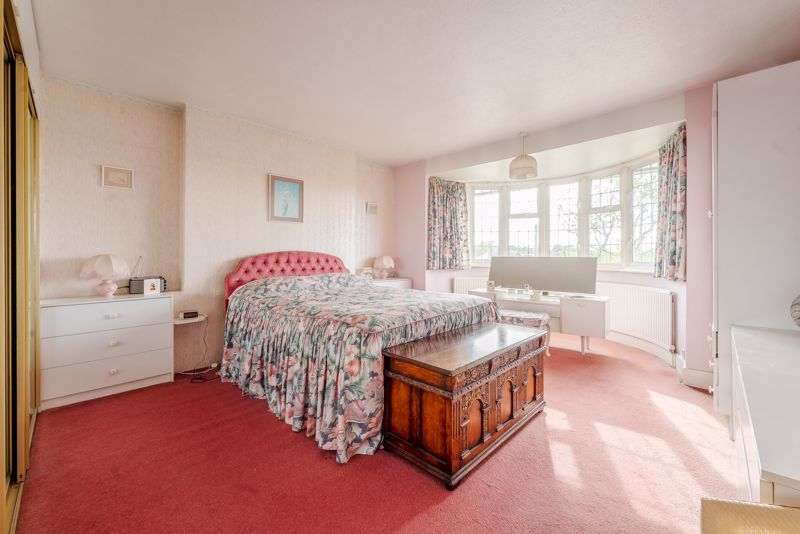 4 bedroom detached house Under Offer in Sutton - Photo 13.