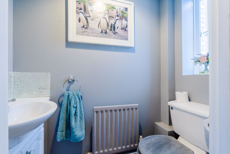 2 bedroom terraced house SSTC in Sutton - Photo 9.