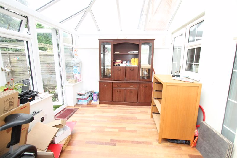 Undefined To Let in Sutton - Photo 3.