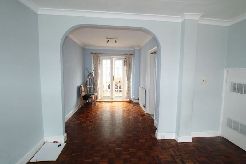 Undefined To Let in Sutton - Photo 6.