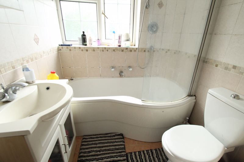 Undefined To Let in Sutton - Photo 9.