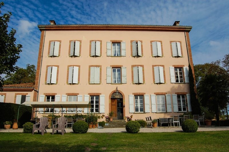 200 year old Maison de Maitre with 2 hectares of land