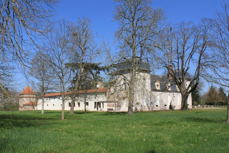 EXCLUSIVE! Riverside Château and Guardian House,  just under 5 hectares