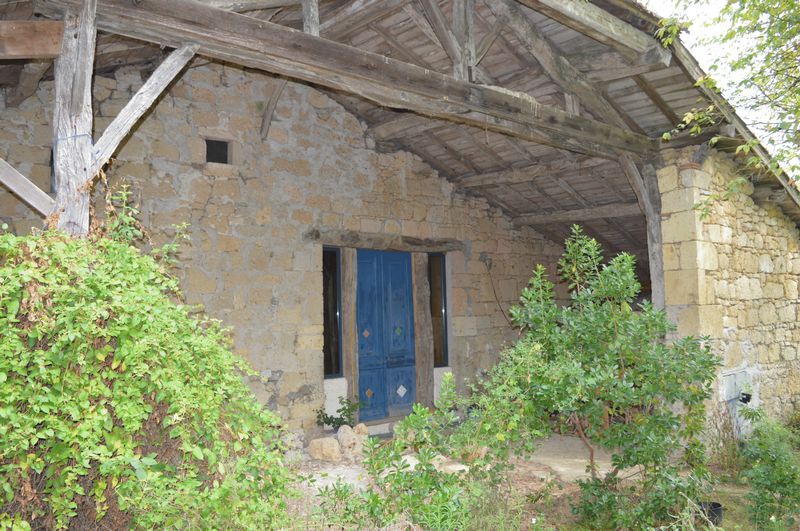 Opportunity to put your own stamp on this charming barn!