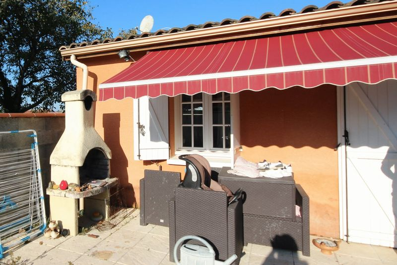 Charming 3 Bed villa with pool in sought after village