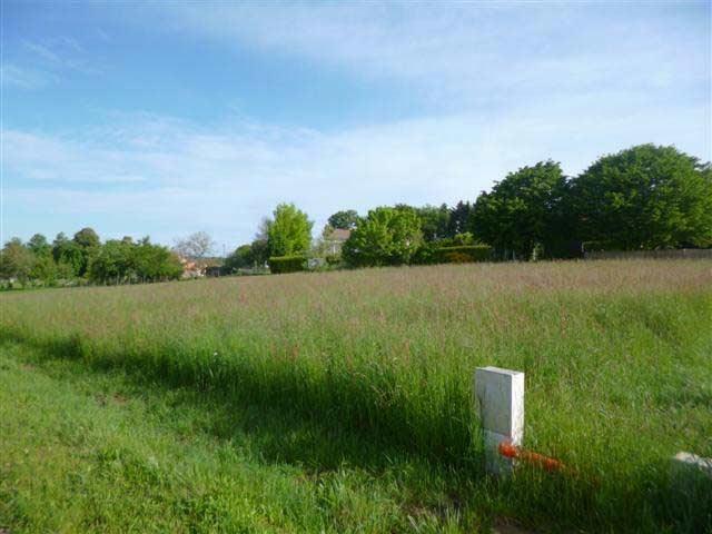 Building plot in the green Perigord area, North Dordogne