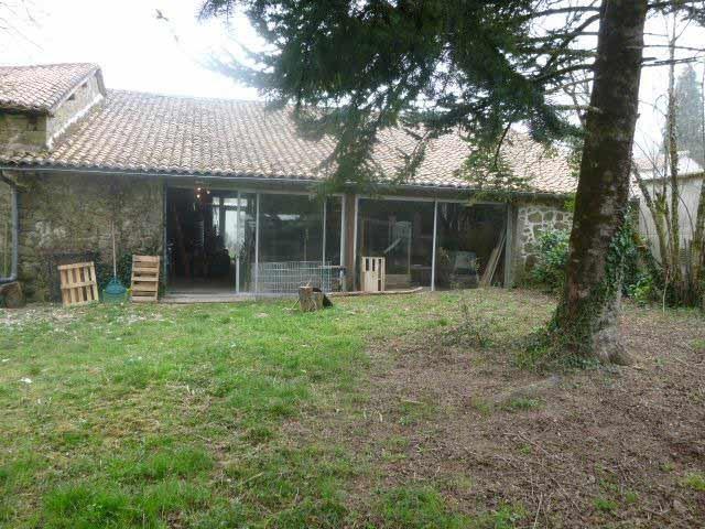Semi-converted barn used as premises close to Piégut, North Dordogne