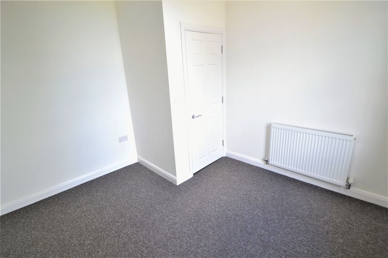 2 Bedroom Upper Floor Flat Flat To Rent - Photo 1