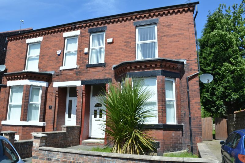 4 Bedroom Semi Detached House To Rent - Photo 14