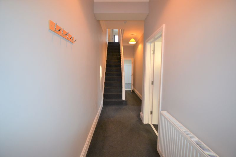 4 Bedroom Semi Detached House To Rent - Photo 7