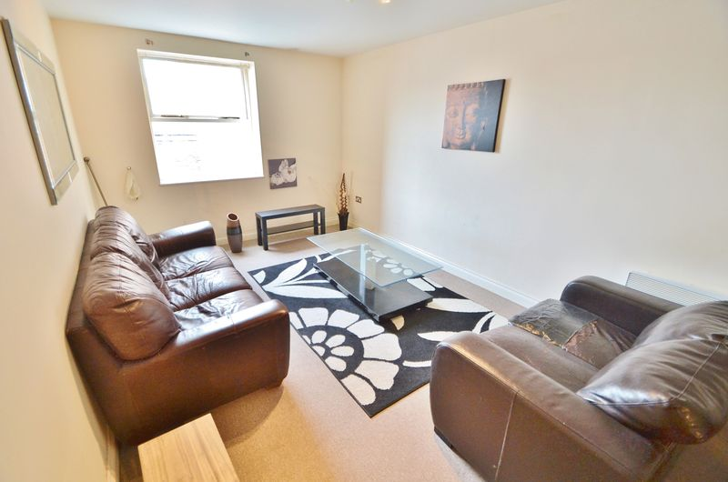 2 Bedroom Apartment Or Studio To Rent - Photo 2