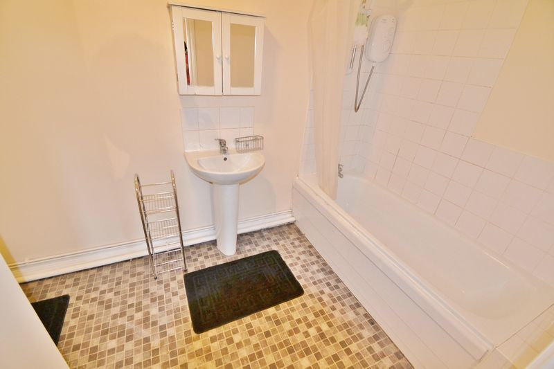 2 Bedroom Apartment Or Studio To Rent - Photo 6