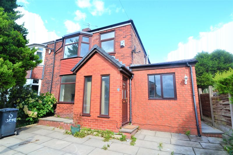 4 Bedroom Semi Detached House To Rent - Photo 1