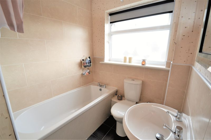 1 Bedroom Semi Detached House To Rent - Photo 3