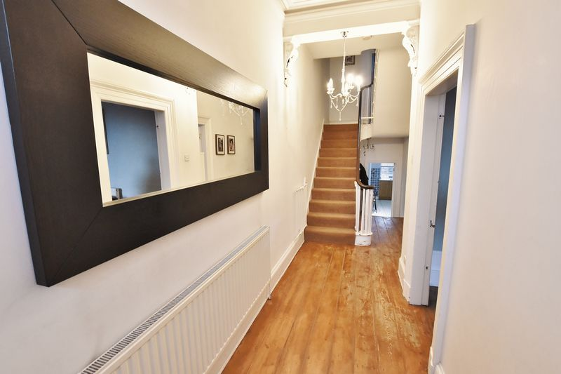 5 Bedroom Terraced House To Rent - Photo 2