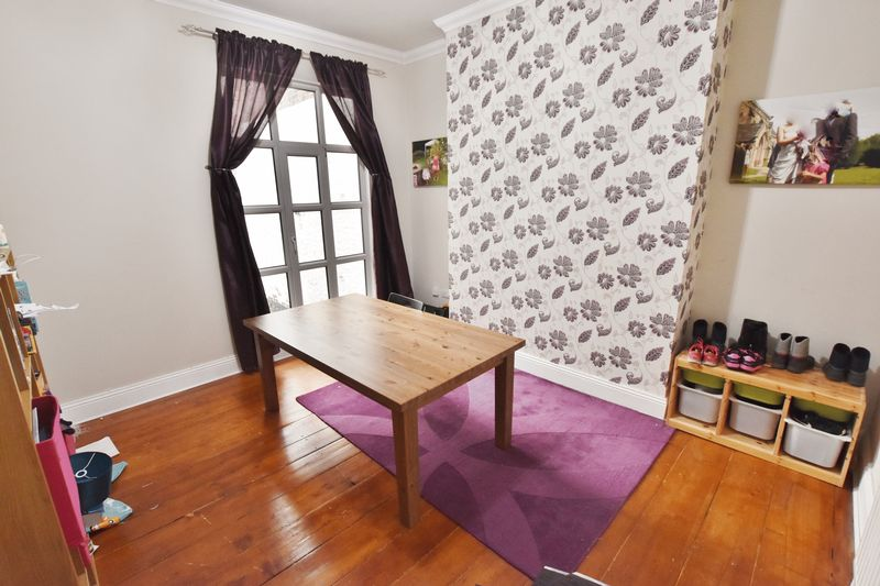 5 Bedroom Terraced House To Rent - Photo 3