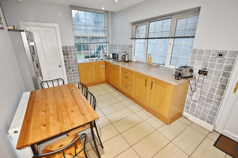 5 Bedroom Terraced House To Rent - Photo 6