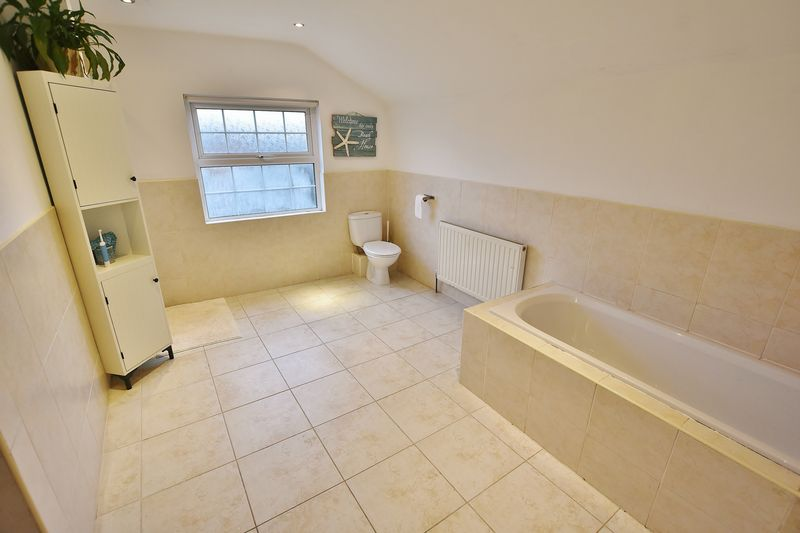 5 Bedroom Terraced House To Rent - Photo 12