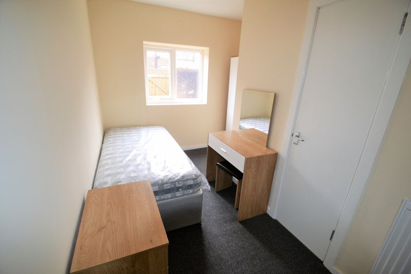 1 Bedroom Terraced House To Rent - Photo 1
