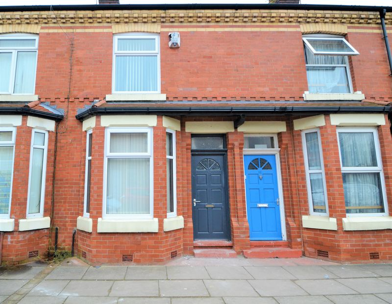 4 Bedroom Terraced House To Rent - Photo 1