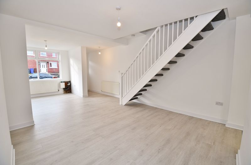 3 Bedroom End Terrace House To Rent - Photo 7