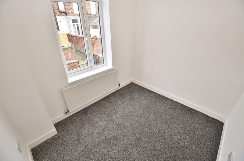 3 Bedroom End Terrace House To Rent - Photo 11