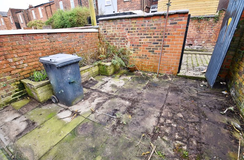 3 Bedroom End Terrace House To Rent - Photo 13