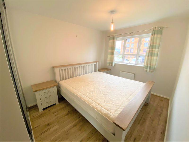 3 Bedroom House To Rent - Photo 3