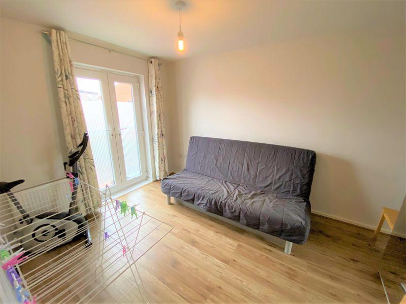 3 Bedroom House To Rent - Photo 4