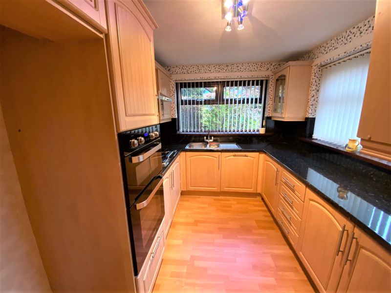 3 Bedroom Semi Detached House To Rent - Photo 18