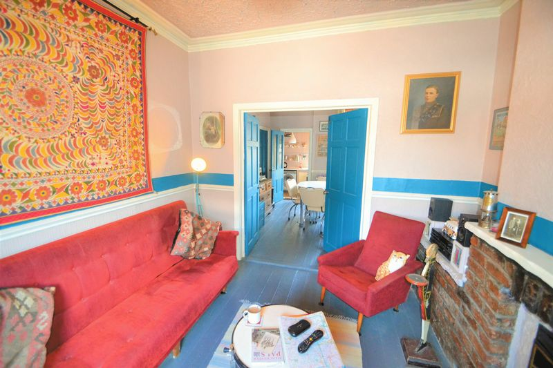 2 Bedroom Terraced House To Rent - Photo 3