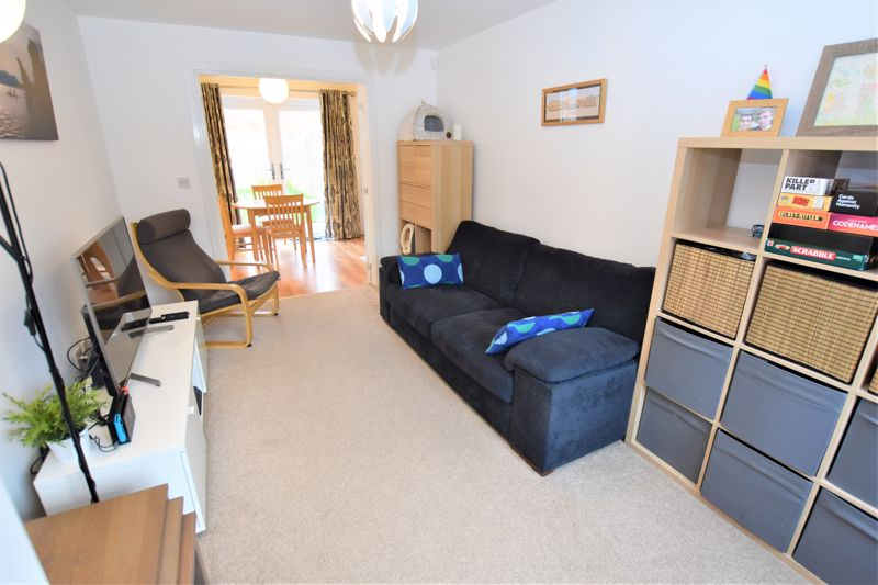 3 Bedroom Detached House For Sale - Photo 14