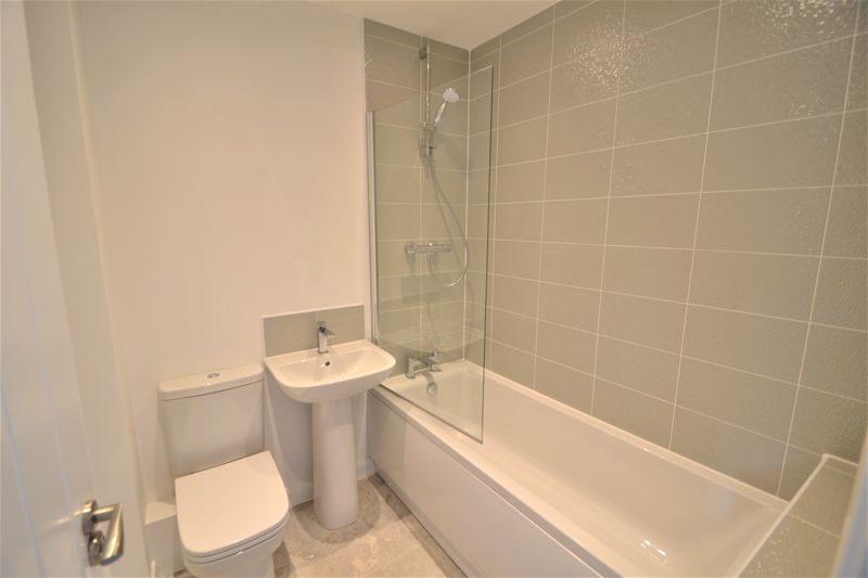 2 Bedroom Semi Detached House To Rent - Photo 3