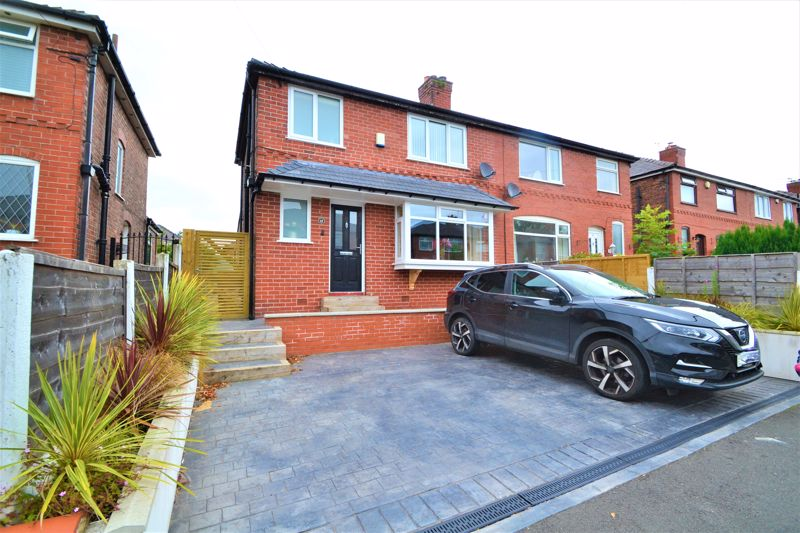 3 Bedroom Semi Detached House To Rent - Photo 1