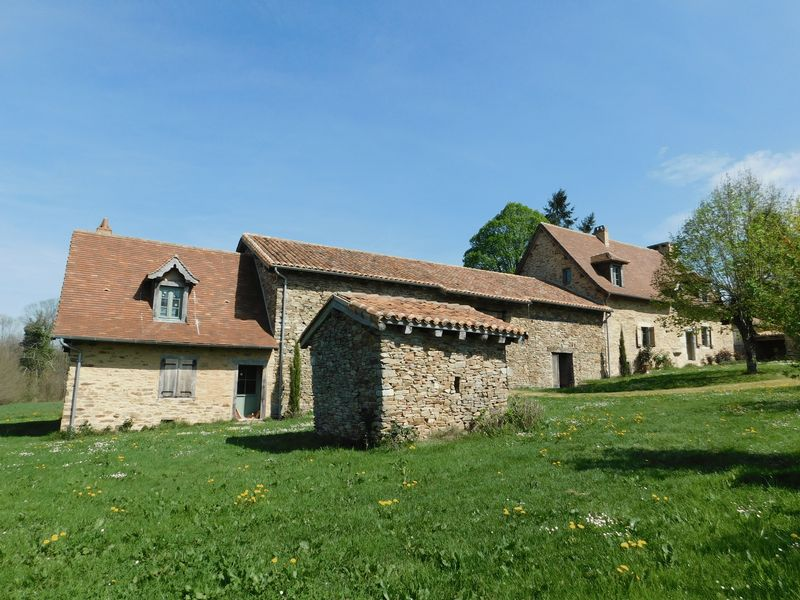 Character farmhouse nearly 400 years old with gite, barns and 20 acres