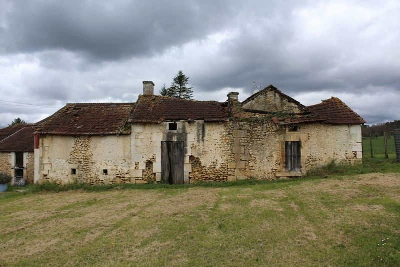 Stone ruin to bring back to life