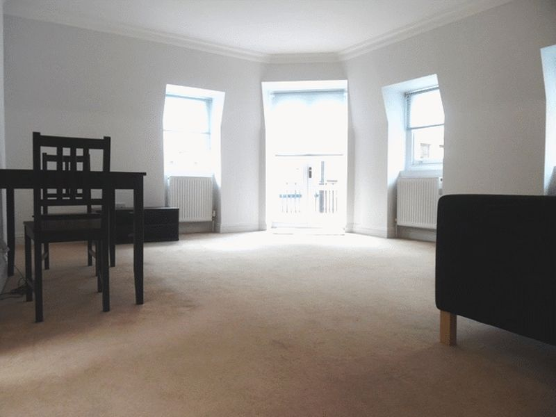 One Double Bedroom with Private Bathroom! EC4V