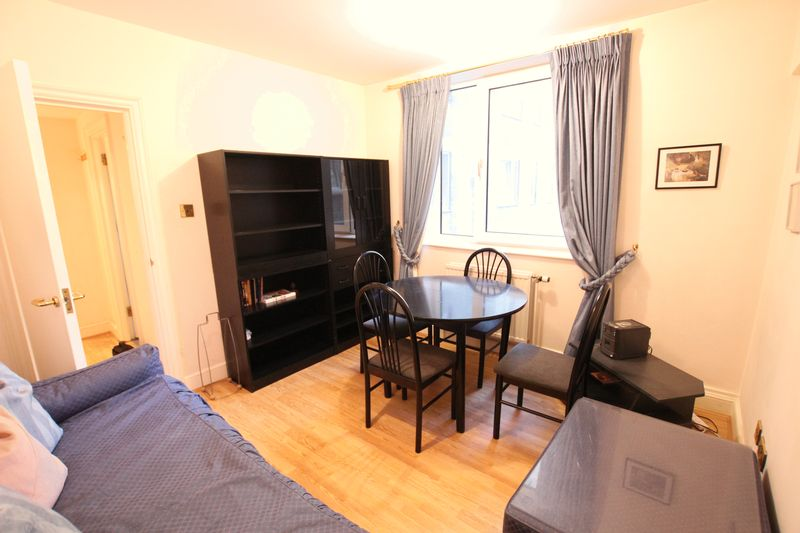 One Bedroom Flat to Rent in Chelsea - SW3