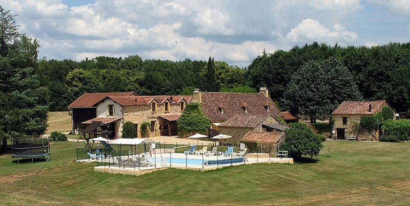 Renovated characterful property with 6 gîtes