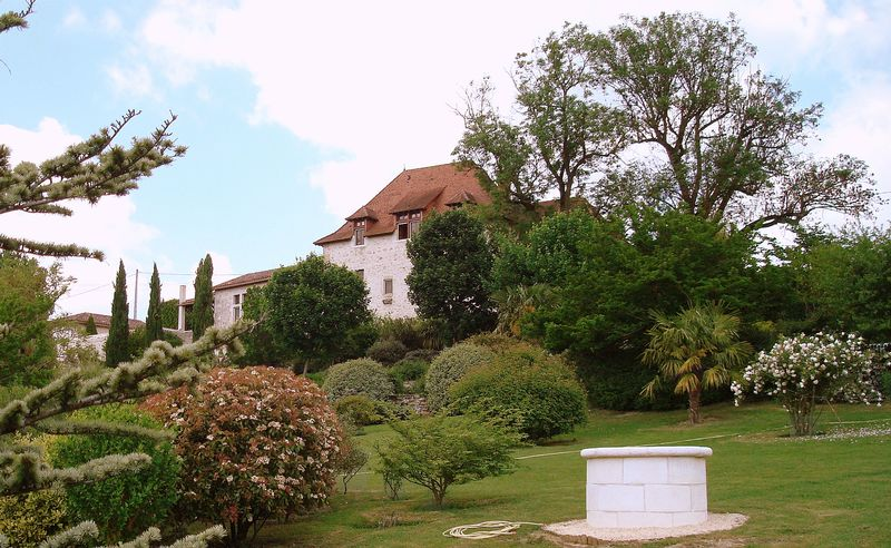 Majestic Manor House from the 16th Century with views over the valley