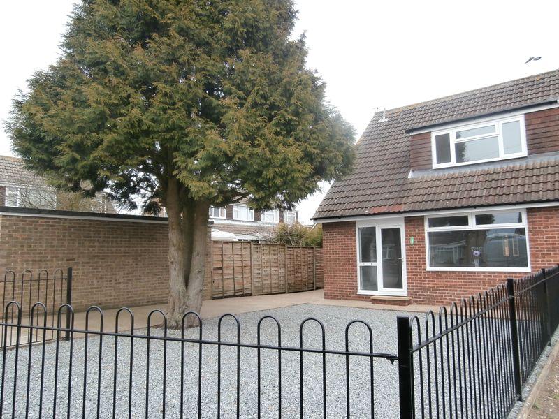 Elm Tree Avenue, Thorngumbald, Hull, East Riding of Yorkshire, HU12 9NU
