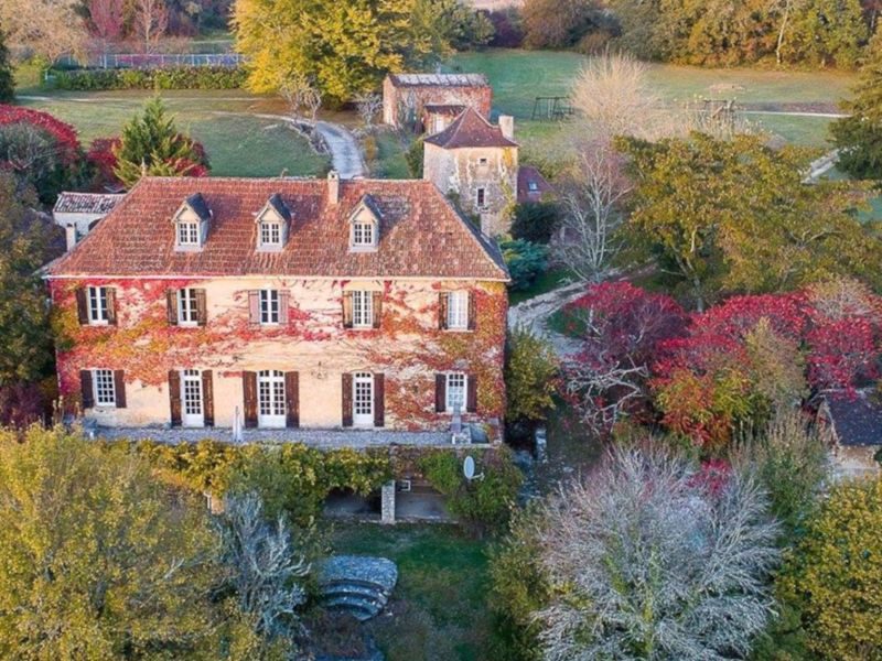 Historic country estate with manor house and 4 gites near Bergerac