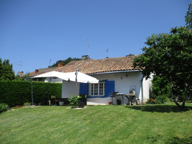 Cosy village house with garden, guesthouse and garage