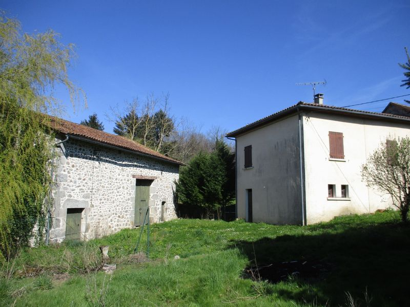 Semi detached country house with 2 bedrooms