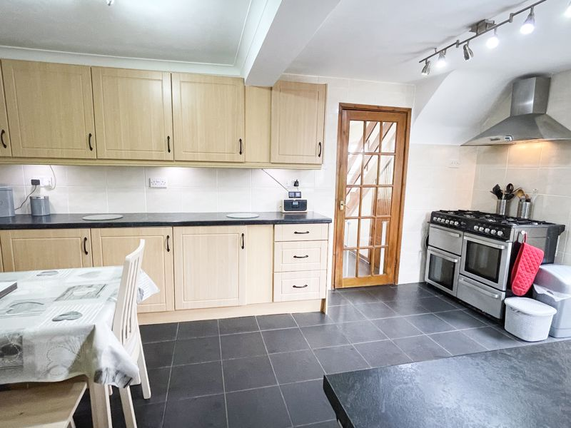 Fitted Kitchen/Diner